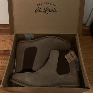 Crevo - Wendall Chelsea Boot (Suede, Steel Color)